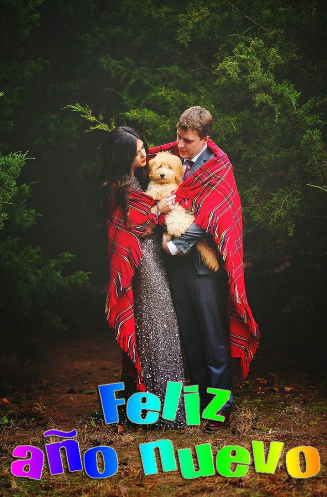 Imagenes De Parejas Con Su Perrito Para Dar Un Feliz Año Nuevo